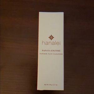 Hanalei Face cleanser
